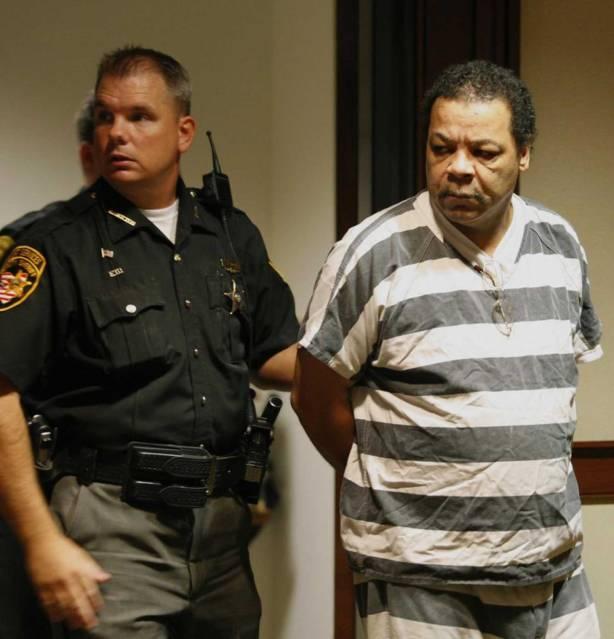 Un hombre que trabajaba en una morge de Ohio admitió el viernes pasado, frente a un juez, que tuvo sexo con al menos 100 cadáveres de mujeres durante sus horas laborales.