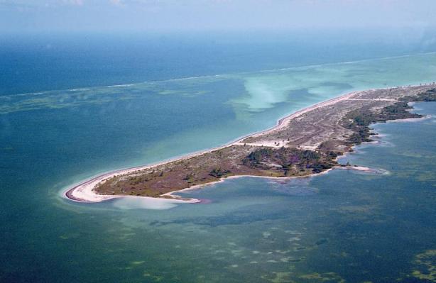 Medidas. La isla apenas tiene 40 kilómetros de largo por 2 de ancho.