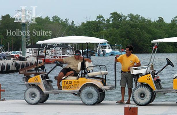 Paseos. En la Isla de Holbox se puede circular fácilmente, contratando bicicletas o carritos de golf.