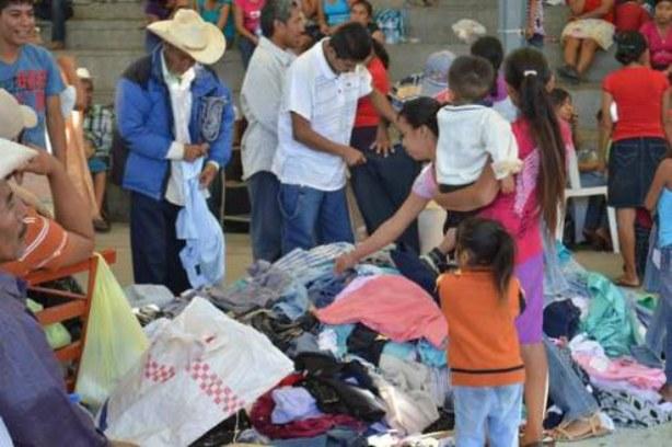Pobladores de Xochitepec, municipio de Apaxtla de Castrejón, Guerrero, desplazados debido a la inseguridad.