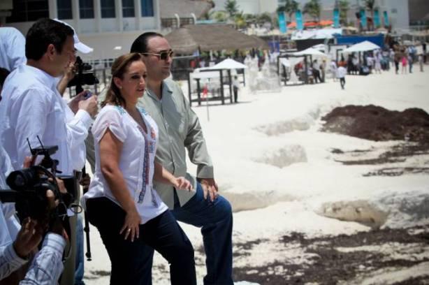 Las playas de Cancún fueron recorridas por las autoridades.